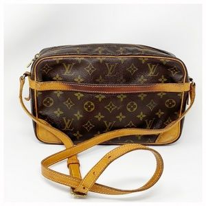 Authentic Louis Vuitton Reporter Crossbody